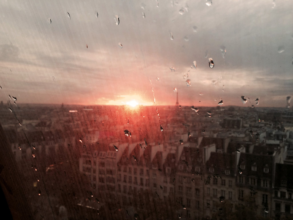 Paris burning in the rain